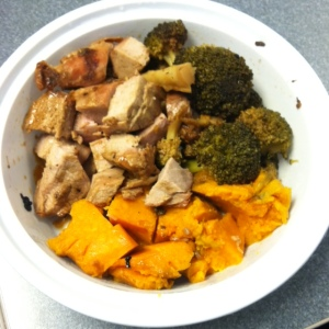 lunch: chicken with broccoli and sweet potato